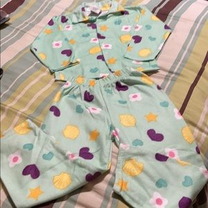Toddler Warm Pajamas. EUC